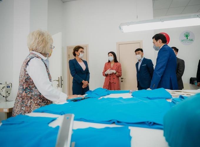 Дарига Назарбаева приняла участие в открытии социального  коворкинг-центра «Қамқорлық».